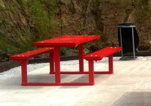steel picnic table
