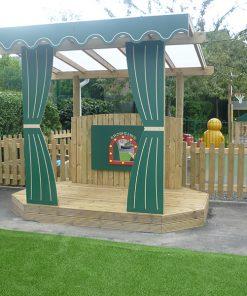 playground theatre stage